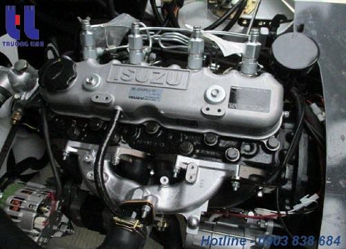 Động cơ c240 của Isuzu được đánh giá cao về chất lượng và độ ổn định khi hoạt động
